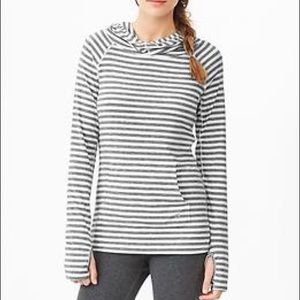 GapFit Breathe Grey/White Striped Hooded Pullover